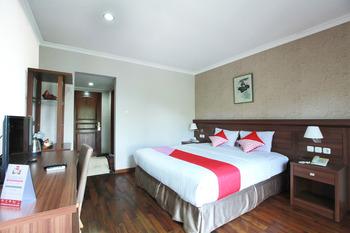 OYO 510 Wisma Joglo Hotel