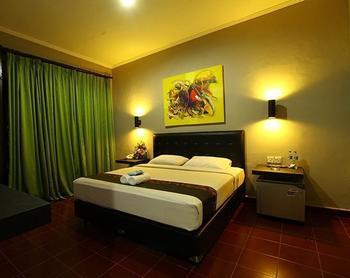 Amazing Kuta Hotel Bali - Deluxe Room with Breakfast Regular Plan