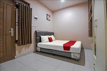 RedDoorz @ Jalan Darussalam Medan Medan - RedDoorz Room 24 Hours Deal