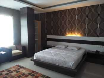 Hotel Indah Kendari Kendari - VIP Room Only Regular Plan