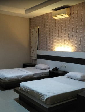 Hotel Indah Kendari Kendari - Deluxe Twin Room Only Regular Plan