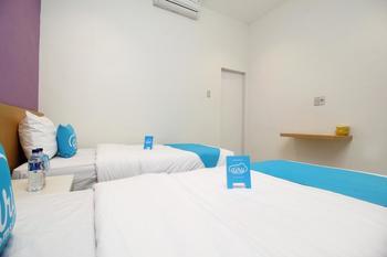 Airy Medan Kota MT Haryono Surabaya 2 - Standard Twin Room Only Special Promo Jan 5