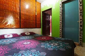 Tiga Dara Guest House Langkat - 4 Bed Family Room minimum stay 2nights