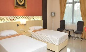 The Amrani Syariah Hotel Solo - Superior Twin Room Only Regular Plan