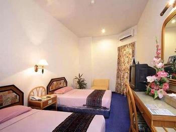 Losari Beach Hotel Makassar - Standard Room Only Promo 38% !!