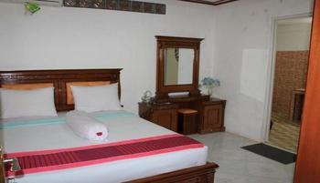 OMA Homestay Sawahlunto - AC Room Regular Plan