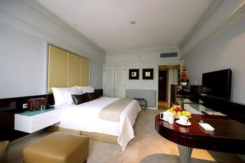 Wyndham Casablanca Jakarta Jakarta - Grand Deluxe King - Room Only Basic Deal