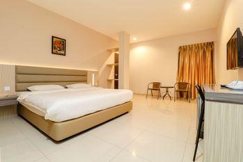 Lovina Inn Hotel Batam Batam - Deluxe Min. Stay
