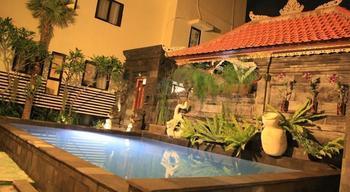 S8 Suardana Hotel Bali - Share Dormitory Fan with Window RAMADHAN PEGIPEGI PROMOTION