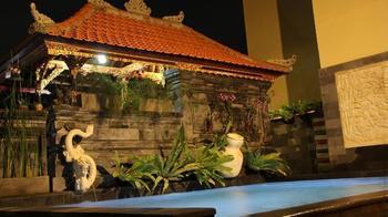 S8 Suardana Hotel Bali - EXECUTIVE ROOM Regular Plan