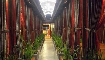 S8 Suardana Hotel Bali - Deluxe Room Regular Plan