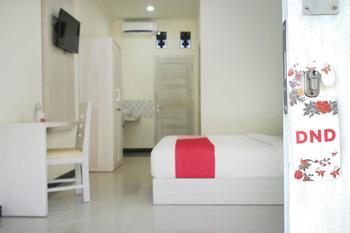 OYO 474 Tirai Bambu Jimbaran Bali - Standard Double Room Regular Plan