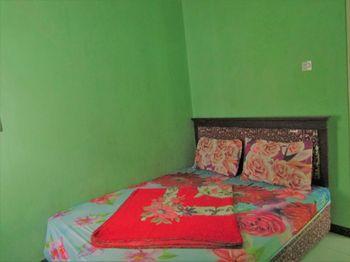 Hotel Nirmala Magetan - Standard Room Only NR Minimum Stay