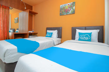 Airy Syariah Sleman Wahid Hasyim 60 Yogyakarta - Deluxe Twin Room Only Special Promo Oct 67