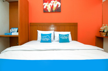 Airy Syariah Sleman Wahid Hasyim 60 Yogyakarta - Deluxe Double Room with Breakfast Regular Plan