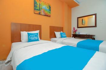 Airy Syariah Sleman Wahid Hasyim 60 Yogyakarta - Standard Twin Room Only Special Promo 11