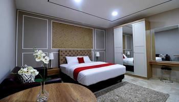RedDoorz Premium near RS Pondok Indah La Maison Jakarta - RedDoorz Suite last minute