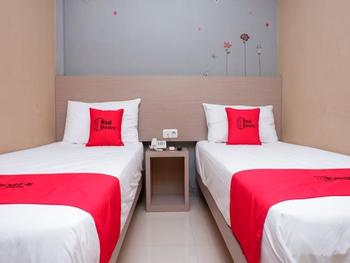 RedDoorz near Java Supermall Semarang Semarang - RedDoorz Twin Room Regular Plan