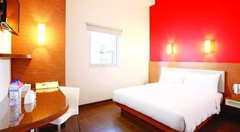 Amaris Hotel Palembang - Smart Room Queen Last Minute Deal