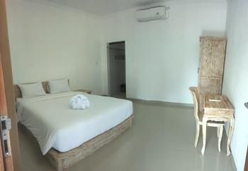 Sun Homestay Canggu Bali - Deluxe Room Only Regular Plan
