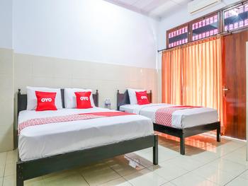 OYO 1952 Hotel Dewata Indah Bali - Standard Family Room Regular Plan