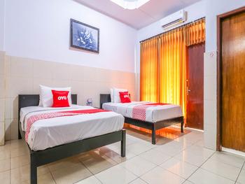OYO 1952 Hotel Dewata Indah Bali - Standard Twin Room Regular Plan