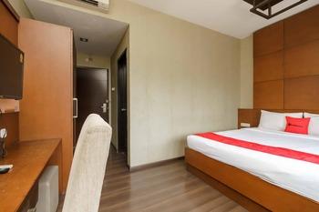 RedDoorz @ Cikarang 2 Bekasi - SALE Room Regular Plan