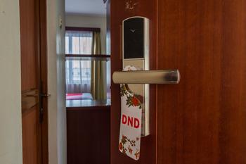 OYO 775 Aviari Hotel Batam - Standard Twin Room Regular Plan