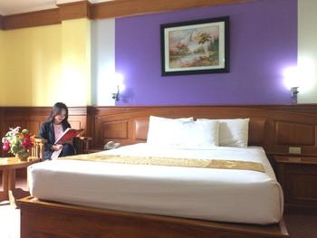 Athaya Hotel & Restaurant Kendari - Deluxe Double Room Regular Plan