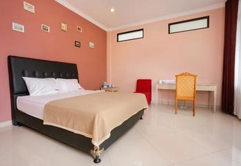 RedDoorz @Sersan Bajuri Bandung - RedDoorz Room KETUPAT