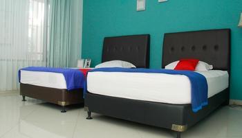 RedDoorz @Sersan Bajuri Bandung - RedDoorz Twin Room 24 Hours Deal