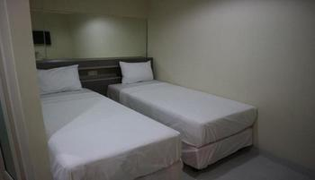 ETHAN Hotel Cilincing Plaza Jakarta - Deluxe Twin Regular Plan