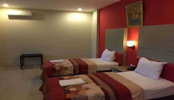 Elizabeth Hotel & Resort Ambon - Deluxe Room Best Deal