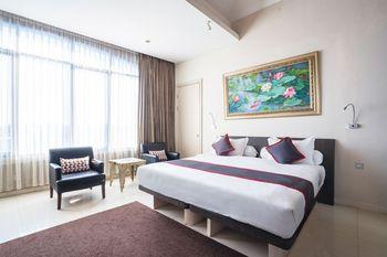 Collection O 14 Sun Boutique Hotel Bali - Suite Family Regular Plan