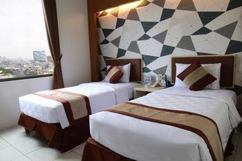 Hotel 88 Mangga Besar VIII Jakarta - Deluxe Twin Room Only Regular Plan