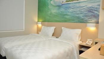 Cordela Pangkalpinang Bangka - Deluxe Double Business Room Only- HOT DEAL PACKAGE Regular Plan