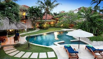 Villa William Seminyak Bali - 5 Bedrooms private villa large garden  Regular Plan
