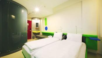 Pop Hotel Kuta - POP! Room - With 2 Breakfast Regular Plan