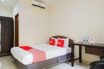 OYO 1584 Mamandas Mansion Jakarta - Standard Double Room Regular Plan