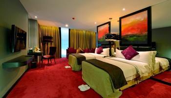 Amaroossa Cosmo Jakarta - Deluxe Room Only Regular Plan