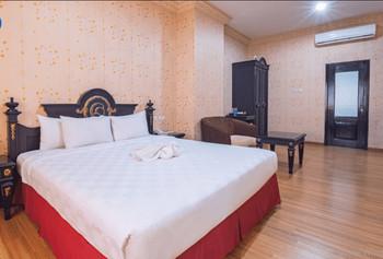 Horison Express Quds Royal Surabaya - Deluxe Room Basic deal minstay 2