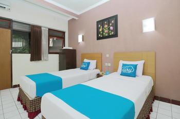Airy Kaliwates Gajah Mada 233 Jember - Superior Twin Room with Breakfast Special Promo Oct 50