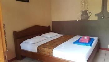 Hotel Monica Yogyakarta - Standard Room Only Min 3