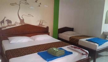 Hotel Monica Yogyakarta - Family Min 3