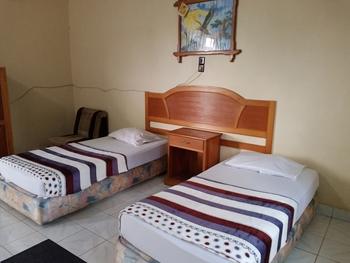 OYO 3254 Hotel Melissa Bungo - Standard Twin Room Regular Plan
