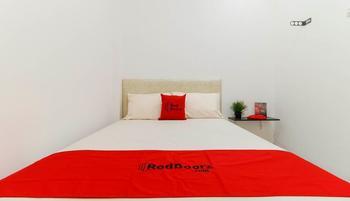 RedDoorz Plus @ Kapuk Business Park Jakarta - RedDoorz Room Exclusive Promotion