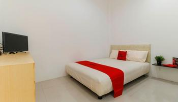RedDoorz Plus @ Kapuk Business Park Jakarta - RedDoorz Room Basic Deal