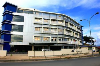 Marina Mamberamo Hotel Sorong - Superior Twin Room Breakfast Regular Plan