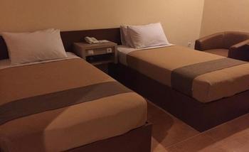 Anggraeni Hotel Bumiayu & Cottages Brebes - Superior Twin Regular Plan