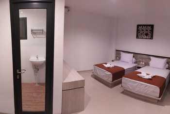 RedDoorz Premium @ Raya Uluwatu Bali - RedDoorz Twin Room Best Deal